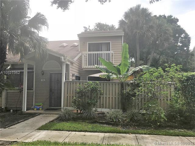 7156 Sportsmans Dr #7156, North Lauderdale, FL 33068 (MLS #A10521962) :: Green Realty Properties