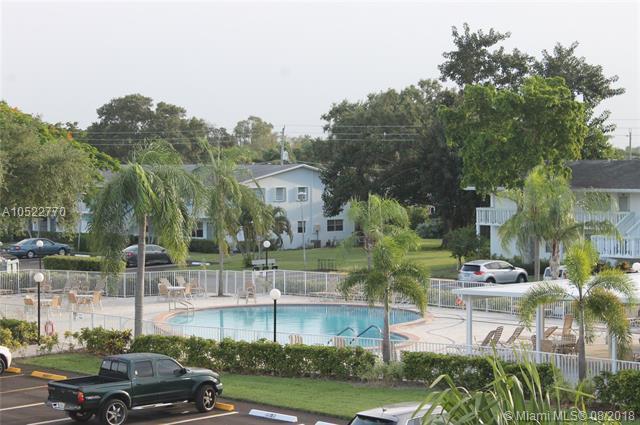 3046 Ventnor O #3046, Deerfield Beach, FL 33442 (MLS #A10522770) :: Stanley Rosen Group