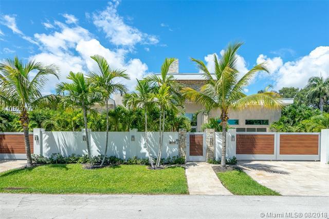 2633 NE 27th Ter, Fort Lauderdale, FL 33306 (MLS #A10523792) :: Stanley Rosen Group