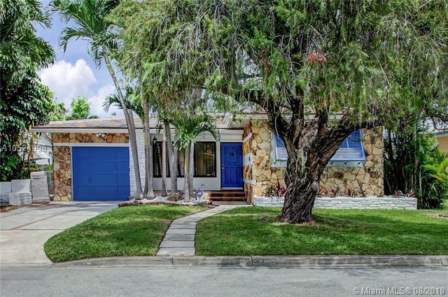 8911 Froude Ave, Surfside, FL 33154 (MLS #A10524998) :: Stanley Rosen Group