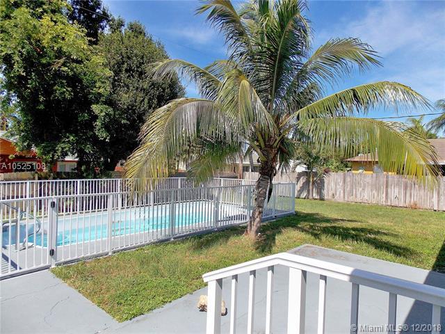 3169 Hypoluxo Rd, Lake Worth, FL 33462 (MLS #A10525108) :: Green Realty Properties