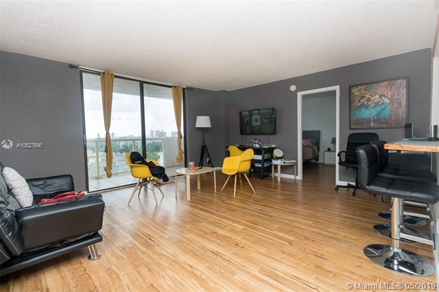 13499 Biscayne Blvd #807, North Miami, FL 33181 (MLS #A10527690) :: Castelli Real Estate Services