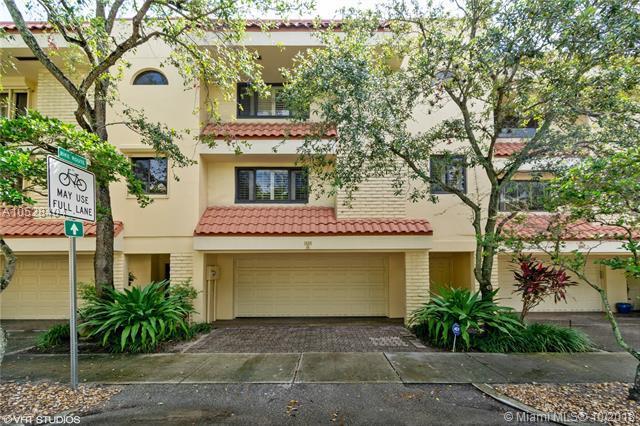 1406 NE 9 Street, Fort Lauderdale, FL 33304 (MLS #A10528404) :: Green Realty Properties