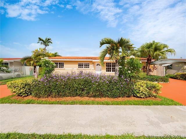 4032 SW 102nd Ct, Miami, FL 33165 (MLS #A10528422) :: Carole Smith Real Estate Team
