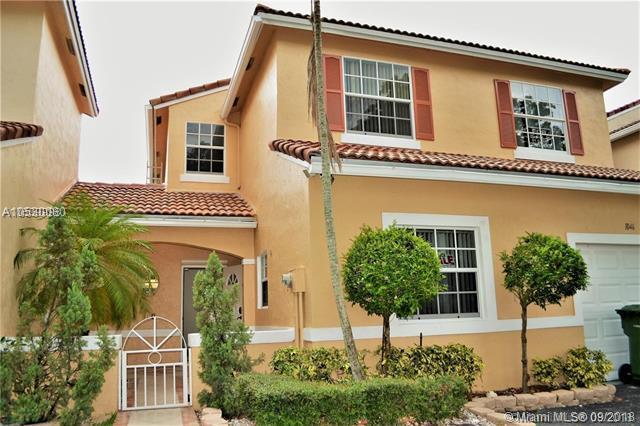 1046 SW 180 Ter, Pembroke Pines, FL 33029 (MLS #A10530080) :: Green Realty Properties