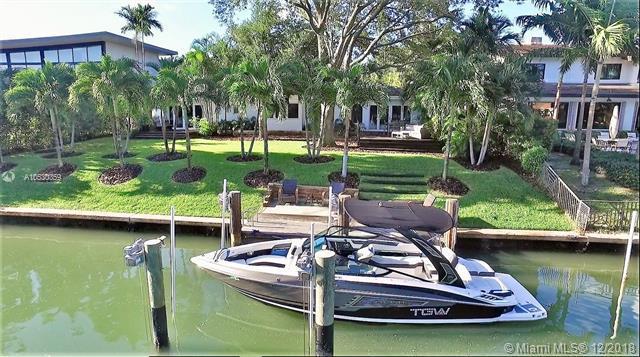 711 Buttonwood Ln, Miami, FL 33137 (MLS #A10530359) :: Miami Lifestyle