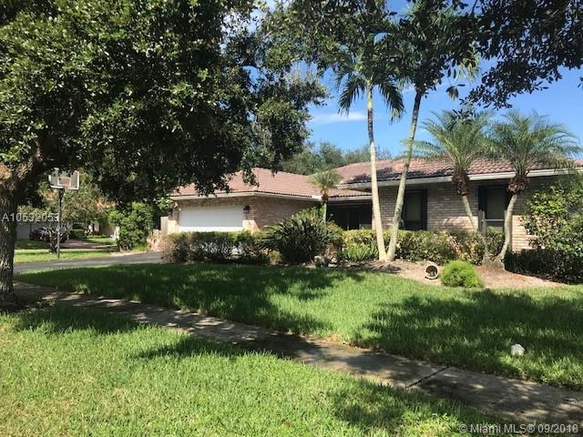 1760 NW 97th Ave, Plantation, FL 33322 (MLS #A10532053) :: Green Realty Properties