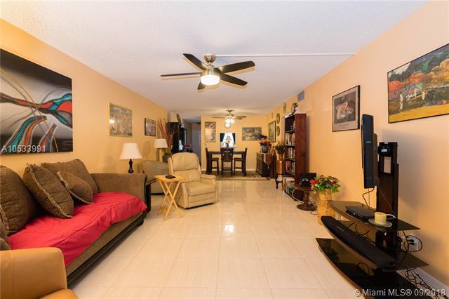 3201 Portofino Pt J3, Coconut Creek, FL 33066 (MLS #A10533991) :: Stanley Rosen Group