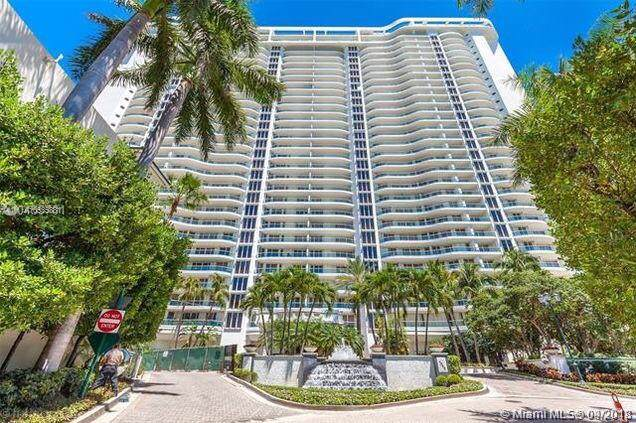 7000 Island Blvd #707, Aventura, FL 33160 (MLS #A10535881) :: The Teri Arbogast Team at Keller Williams Partners SW