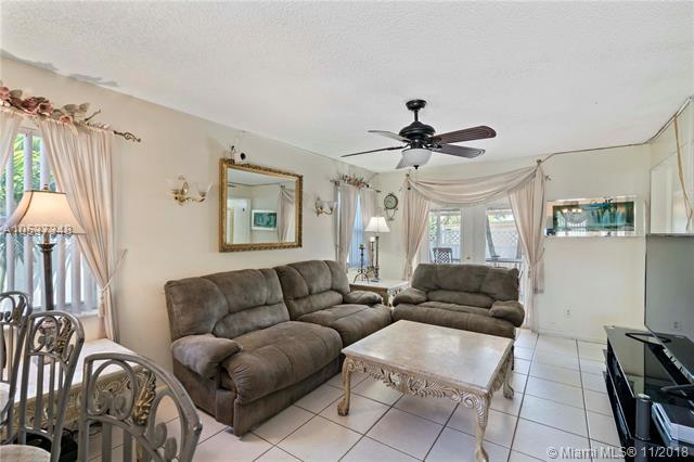 1618 NE 34th Ct, Oakland Park, FL 33334 (MLS #A10537348) :: Prestige Realty Group