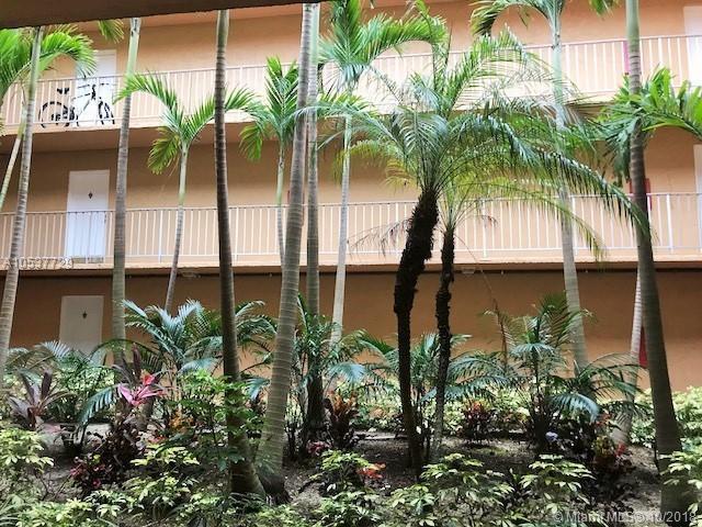 505 S Pine Island Rd 309B, Plantation, FL 33324 (MLS #A10537729) :: The Teri Arbogast Team at Keller Williams Partners SW