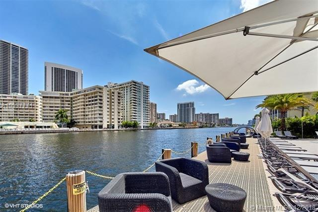 2600 E Hallandale Beach Blvd T802, Hallandale, FL 33009 (MLS #A10537771) :: Castelli Real Estate Services