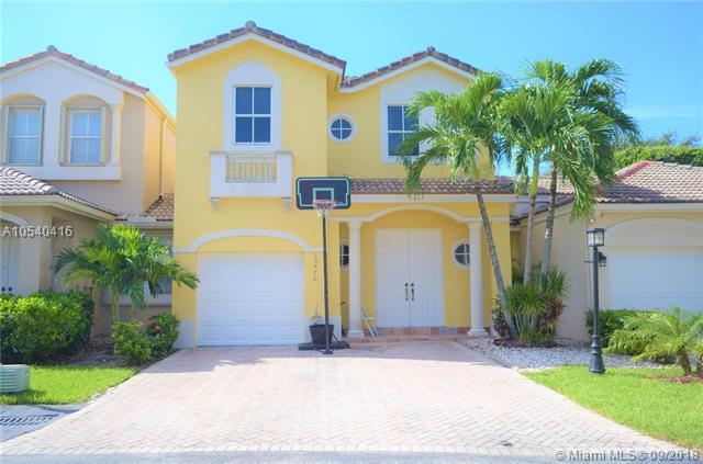 10770 NW 48th Ln #10770, Doral, FL 33178 (MLS #A10540416) :: Green Realty Properties