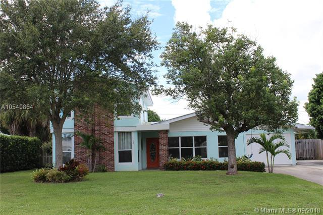 710 SE Madison Ave, Stuart, FL 34996 (MLS #A10540864) :: Green Realty Properties