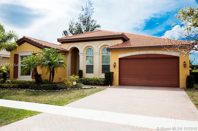 2347 Bellarosa Cir, Royal Palm Beach, FL 33411 (MLS #A10545545) :: Green Realty Properties