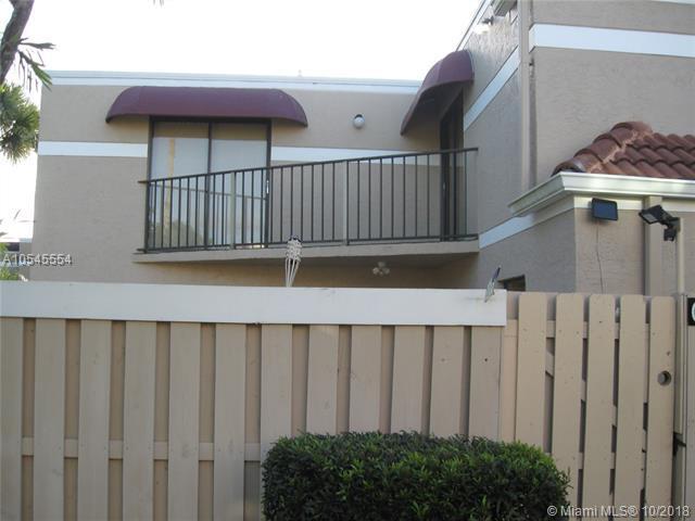 3975 Village Dr C, Delray Beach, FL 33445 (MLS #A10545554) :: Green Realty Properties