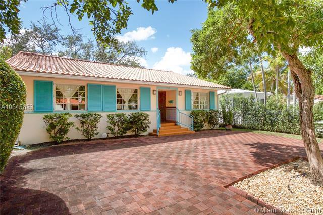 760 NE 74th St, Miami, FL 33138 (MLS #A10545883) :: Miami Lifestyle