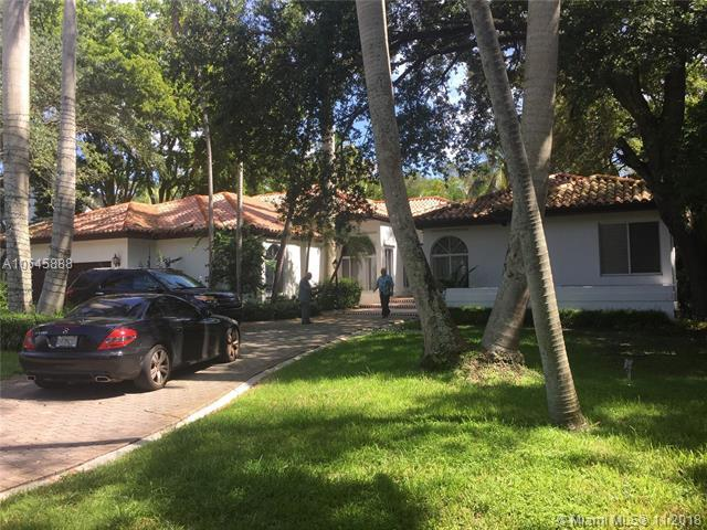 450 Sunset Dr, Coral Gables, FL 33143 (MLS #A10545888) :: The Maria Murdock Group