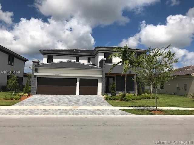 10485 S Lago Vista Cir, Parkland, FL 33076 (MLS #A10546160) :: The Brickell Scoop