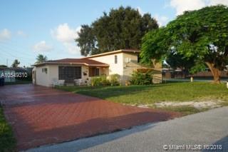 1375 NE 200th St, Miami, FL 33179 (MLS #A10549310) :: Green Realty Properties