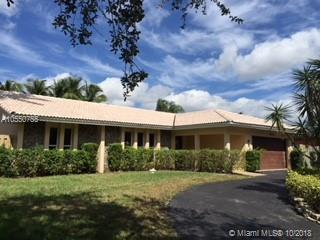 5031 N 36th Ct, Hollywood, FL 33021 (MLS #A10550755) :: The Riley Smith Group