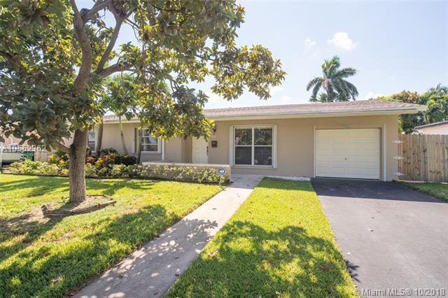 9312 SW 182nd St, Palmetto Bay, FL 33157 (MLS #A10552362) :: Carole Smith Real Estate Team