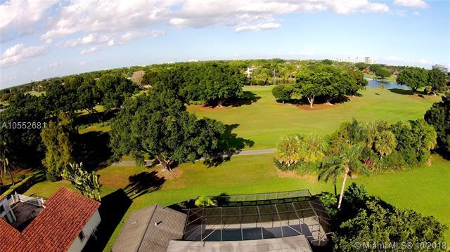 1050 SW 91st Ave, Plantation, FL 33324 (MLS #A10552681) :: Miami Villa Team