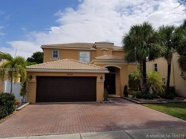 15795 SW 49th Ct, Miramar, FL 33027 (MLS #A10552929) :: Green Realty Properties