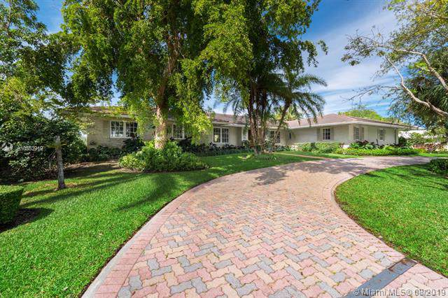 610 Marquesa Dr, Coral Gables, FL 33156 (MLS #A10553919) :: The Maria Murdock Group