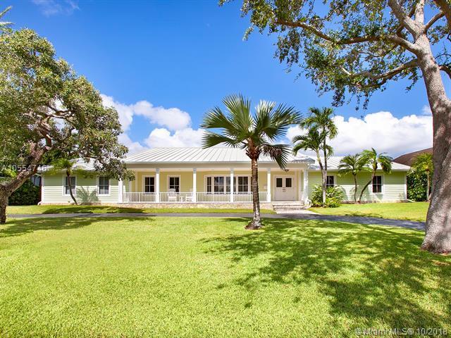 130 Solano Prado, Coral Gables, FL 33156 (MLS #A10554746) :: The Adrian Foley Group