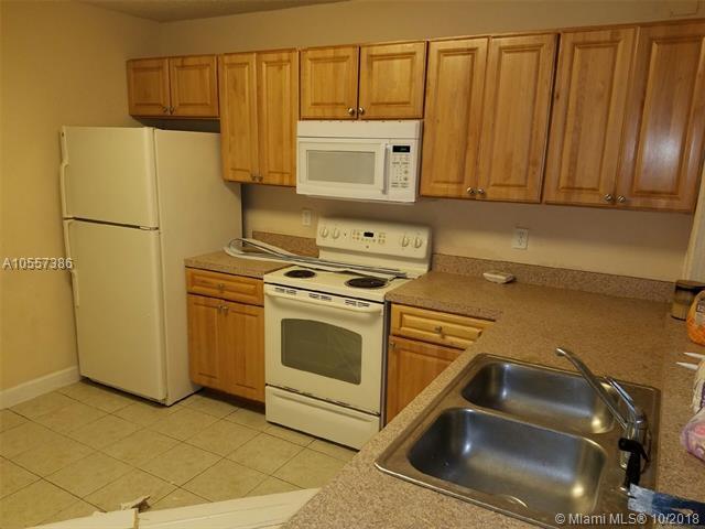 10115 W Sunrise Blvd #104, Plantation, FL 33322 (MLS #A10557386) :: Green Realty Properties