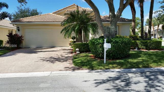 13815 Via Tivoli, Delray Beach, FL 33446 (MLS #A10557666) :: Green Realty Properties