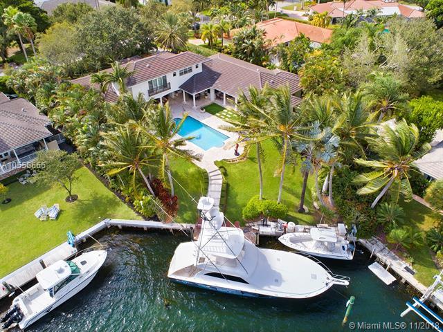 645 Solano Prado, Coral Gables, FL 33156 (MLS #A10558666) :: The Riley Smith Group