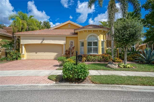 5841 NW 121st Ave, Coral Springs, FL 33076 (MLS #A10558840) :: Prestige Realty Group