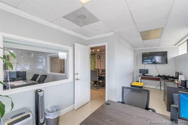 2425 E Commercial Blvd, Fort Lauderdale, FL 33308 (MLS #A10560723) :: Grove Properties