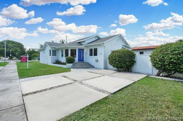 1750 SW 4th Ave, Miami, FL 33129 (MLS #A10561185) :: The Riley Smith Group