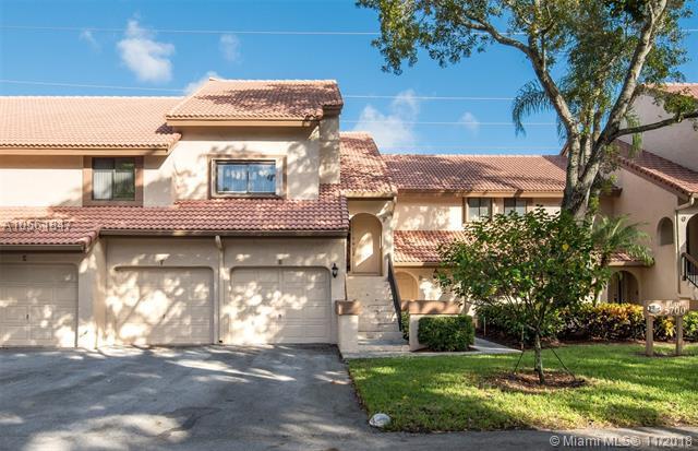 5700 Coach House Circle F, Boca Raton, FL 33486 (MLS #A10561847) :: Green Realty Properties