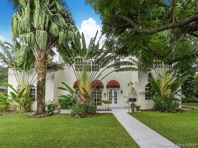 900 El Rado Street, Coral Gables, FL 33134 (MLS #A10563321) :: Prestige Realty Group