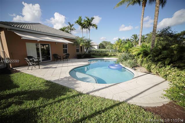 4331 Foxtail Ln, Weston, FL 33331 (MLS #A10565590) :: Green Realty Properties