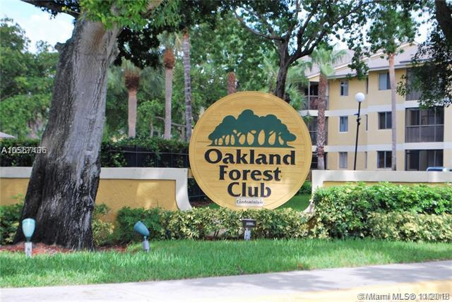 3089 N Oakland Forest Dr #204, Oakland Park, FL 33309 (MLS #A10567436) :: The Riley Smith Group