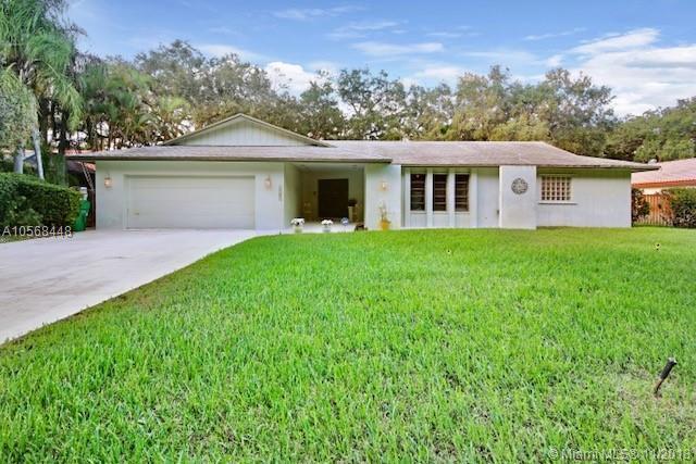 3901 SW 56th Ct, Dania Beach, FL 33312 (MLS #A10568448) :: Prestige Realty Group