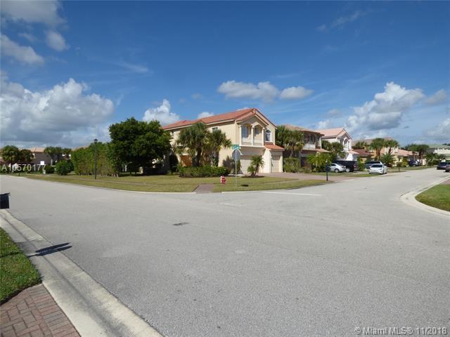 101 Bellezza Ter, Royal Palm Beach, FL 33411 (MLS #A10570177) :: The Riley Smith Group