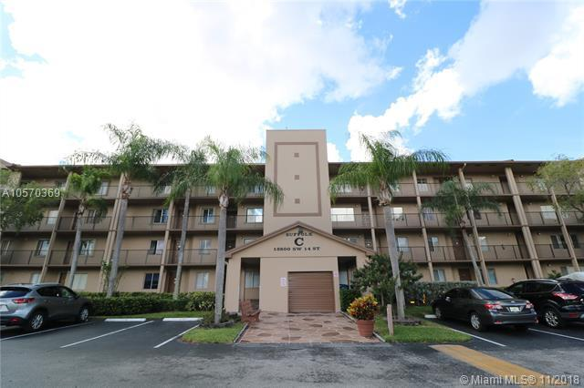 13800 SW 14th St 414C, Pembroke Pines, FL 33027 (MLS #A10570369) :: The Chenore Real Estate Group