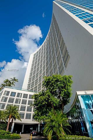 601 NE 36th St #1406, Miami, FL 33137 (MLS #A10570739) :: The Riley Smith Group