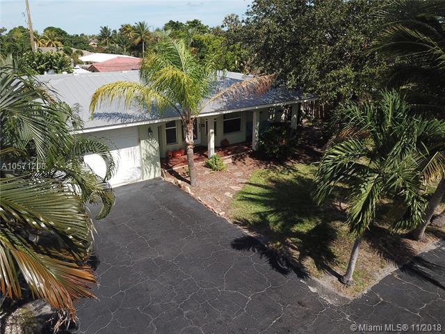 2811 NE 16th Ct, Pompano Beach, FL 33062 (MLS #A10571208) :: Green Realty Properties