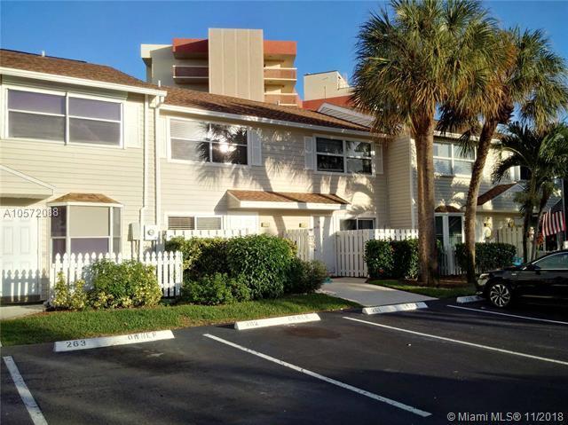 2809 NE 15th St #2809, Pompano Beach, FL 33062 (MLS #A10572088) :: Green Realty Properties