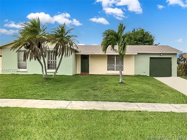 26584 SW 122nd Pl, Homestead, FL 33032 (MLS #A10573207) :: The Riley Smith Group