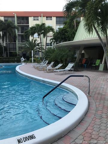 5300 NE 24 Terrace #519, Fort Lauderdale, FL 33308 (MLS #A10574161) :: Miami Villa Team