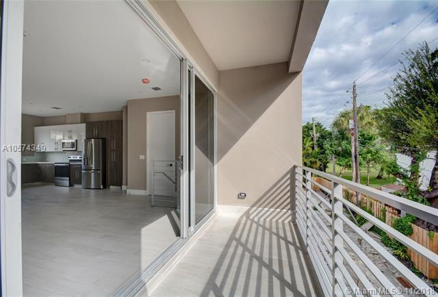 612 NE 12th Ave #636, Fort Lauderdale, FL 33304 (MLS #A10574349) :: The Howland Group