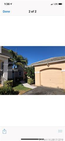 9827 NW 2nd St, Plantation, FL 33324 (MLS #A10575022) :: The Teri Arbogast Team at Keller Williams Partners SW